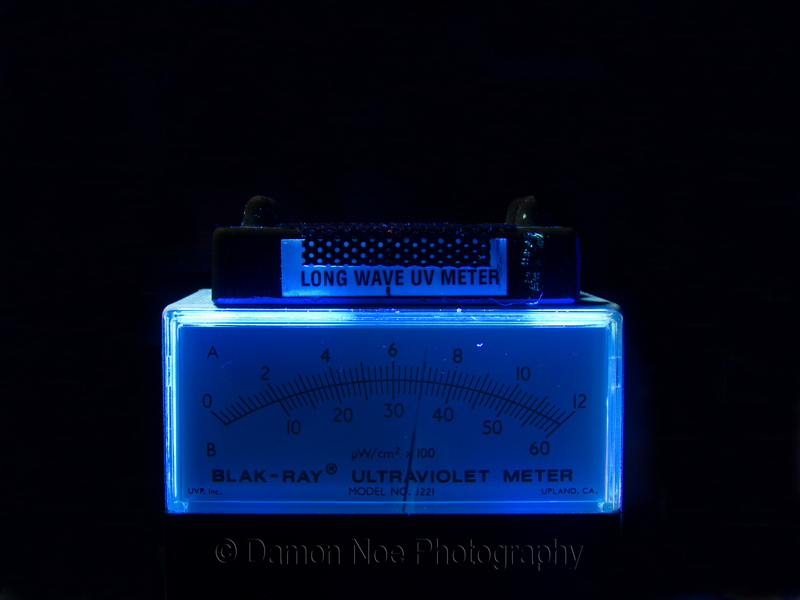 Attached Image: Blak-Ray UV at 9inches©DNoe_resize.jpg