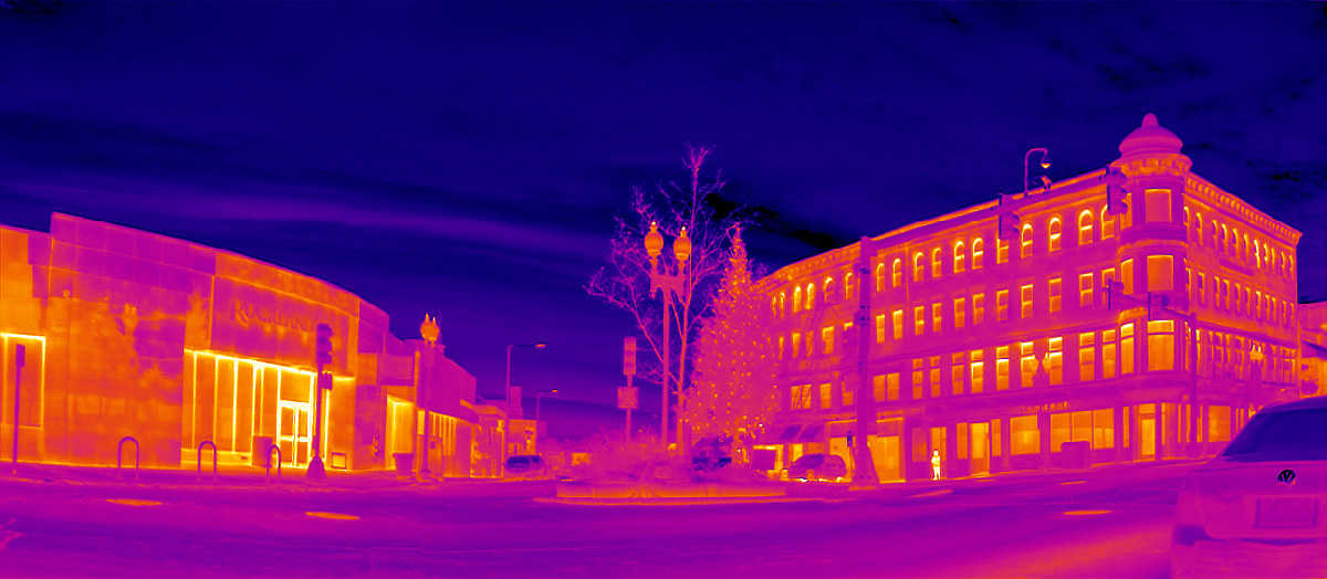 Attached Image: Christmas-tree,-thermal-pano-Dec-12,-2019-HDR_res.-color.jpg